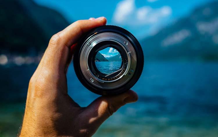 Tips Membuat Foto dan Video Bokeh - Menggunakan Lensa Dengan Aperture Besar