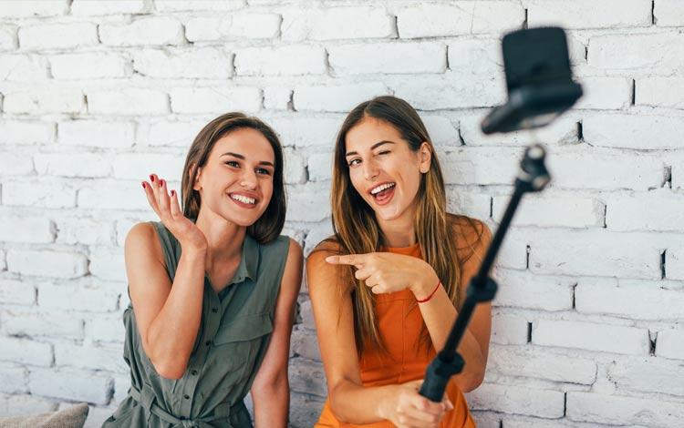 Tips menjadi YouTuber sukses - Kolaborasi dengan YouTuber lain