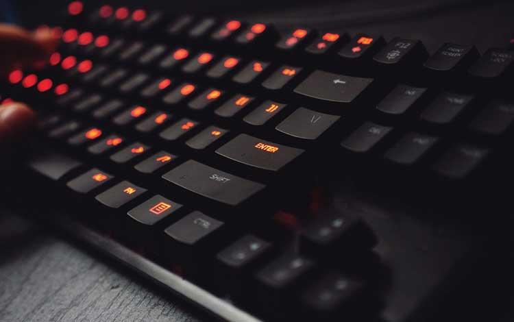 Rekomendasi Keyboard Gaming Bagus dan Murah