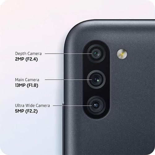 Samsung Galaxy M11 Triple Camera